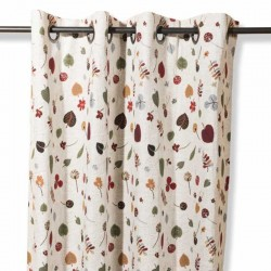 Curtain with leaves